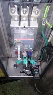 ドイツ製 食品機械の電源接続